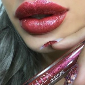 NWT•HUDA Beauty Lip Strobe Metallic Gloss  Saucey